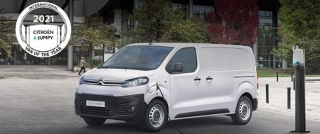 "CITROËN Ë-JUMPY NYERTE AZ ""INTERNATIONAL VAN OF THE YEAR 2021"" DÍJAT"